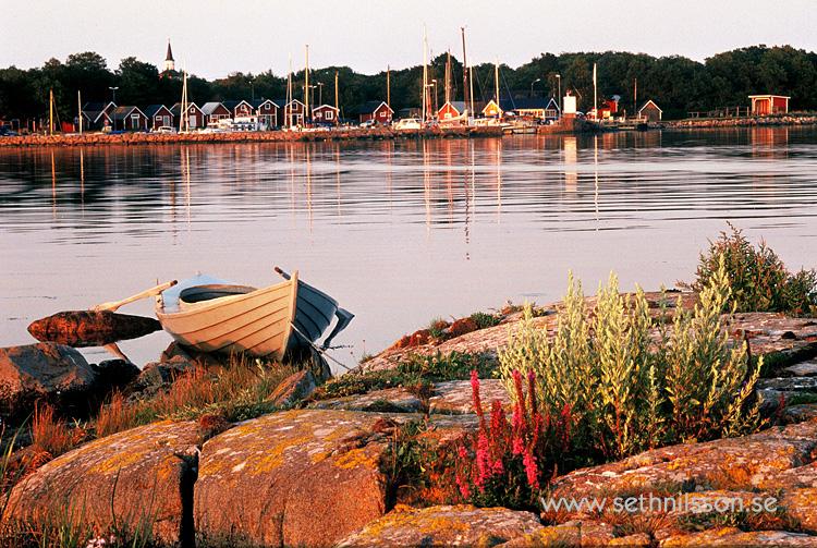 """Torhamns hamn - motivet finns även som vykort med texten """"Blekinge - Sveriges Trädgård"""""""